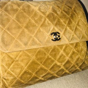 Auth CHANEL Suede Quilted Leather Hobo Bag